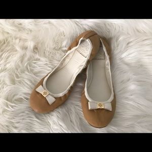 Tory Burch leather tan and white size 9.5